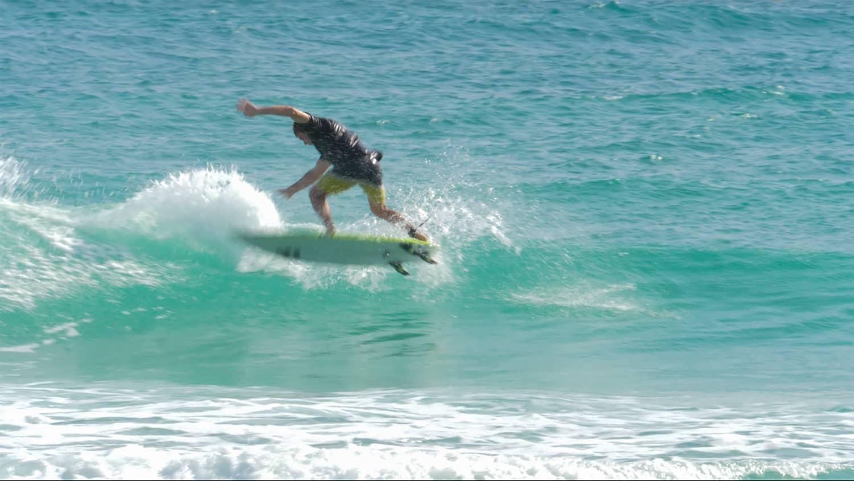 Brandons Surf Barbade Gael Vilain
