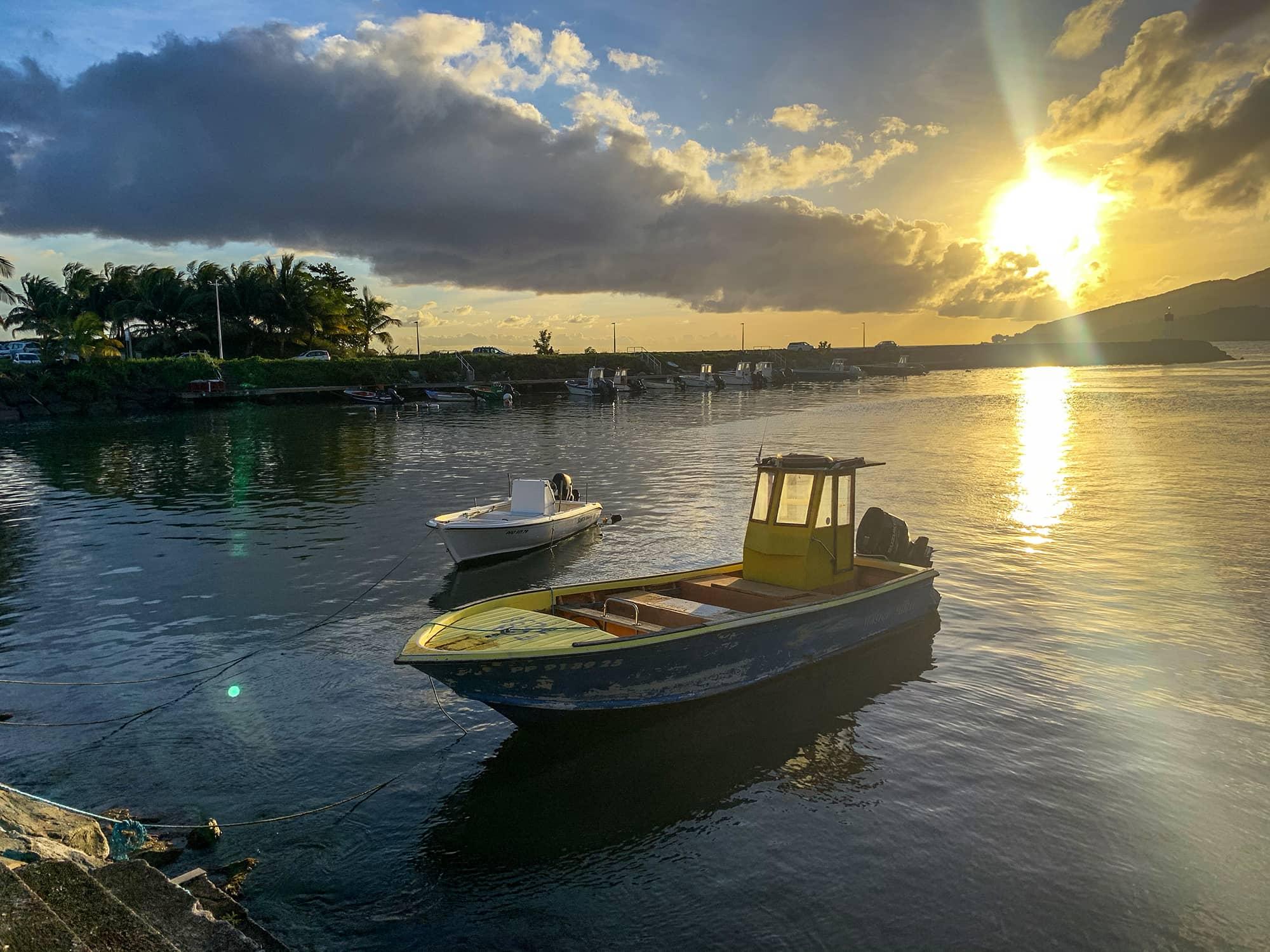les-saintes-bateau-sunset-guadeloupe-basse-terre