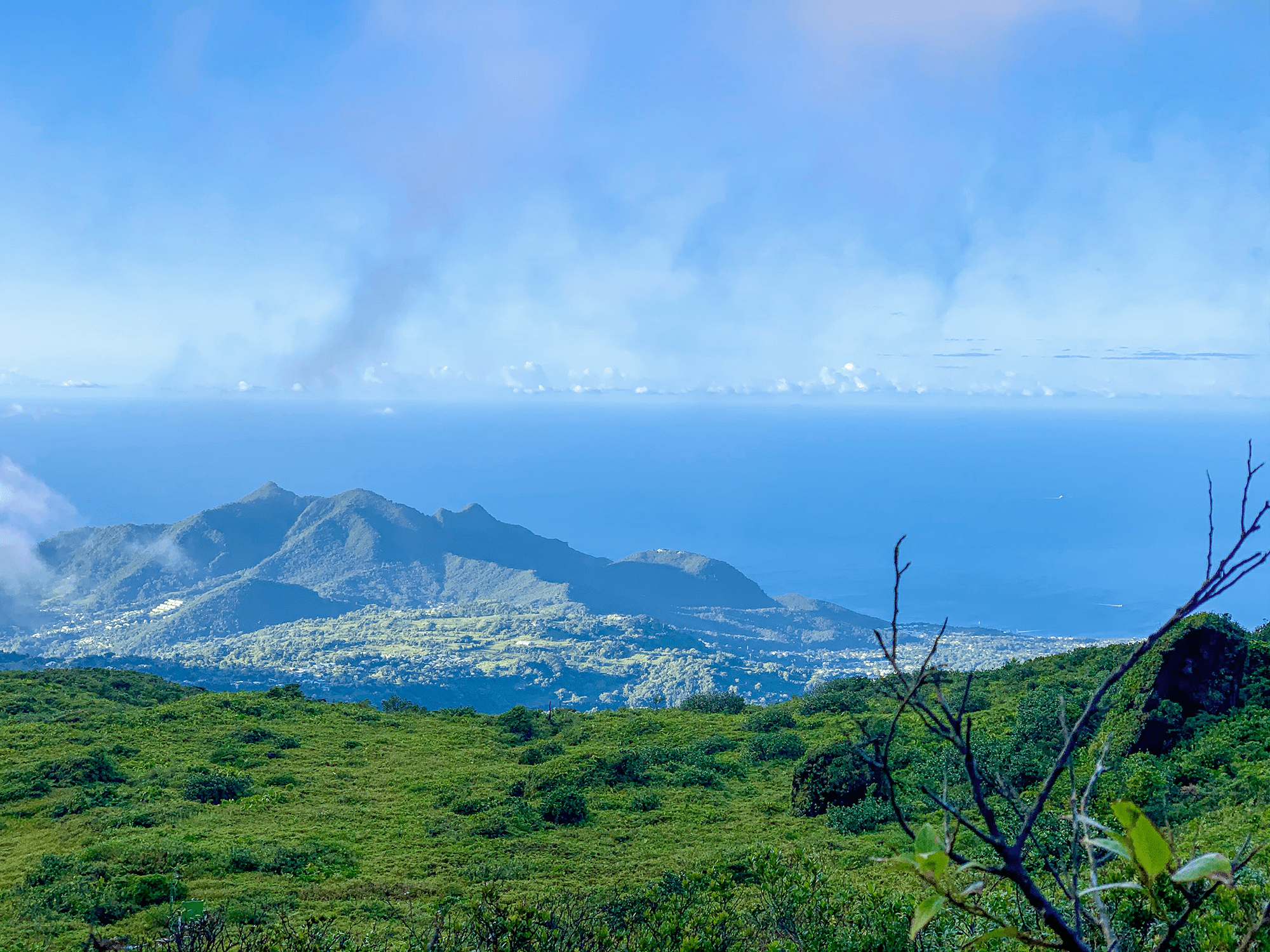 vue-soufriere-basse-terre-guadeloupe